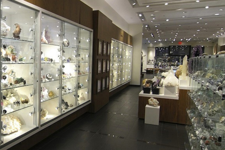 Astro Gallery of Gems showroom
