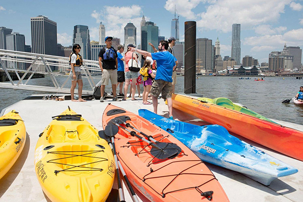 east river kayak brooklyn bridge park dock